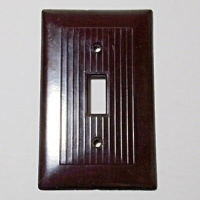 USA Switch plate Vintage mid century ribbed brown Bakelite Excellent condition