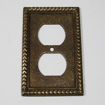 Heavy brass vintage duplex outlet wall plate unbranded Antique brass tone