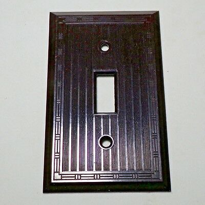 Switch plate Vintage mid century Canada Bakelite Nice classic style!