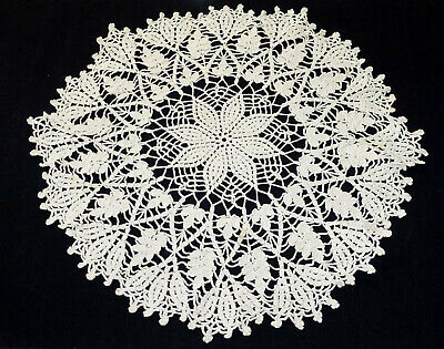 """Vintage Hand Made Hand Crochet Doily Table Scarf TAN ECRU 21"""" Round"""