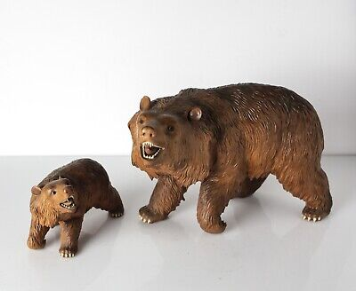 Pair of Finely Carved  Antique Black Forest Bears, Large and Small