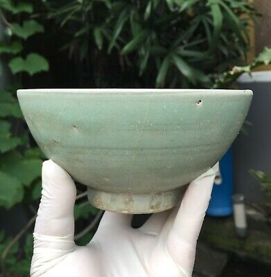 Large old and Antique Chinese Yuan Longquan celadon bowl impressed floral motif