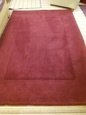 Dunelm Boston Wool Border Rug Size 160