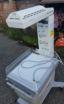 Drager Hill-Rom Airshields CosyCot Resuscitaire in excellent working condition