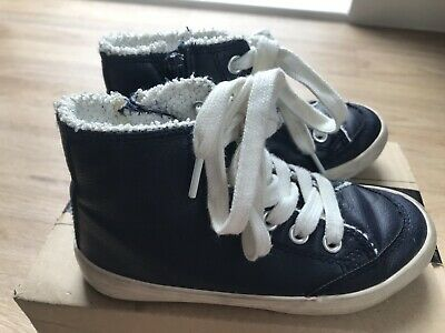 kids shoes trainers Size 9 Uk Colour Of Benetton