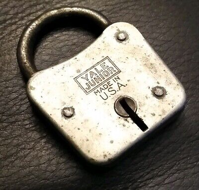 Vintage Antique Collectible Yale Junior Iron Padlock No Key Made In Usa