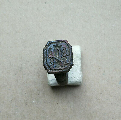 Ancient Viking Large Old Bronze FABULOUS STATUS Ring Runic Ornament VERY RARE