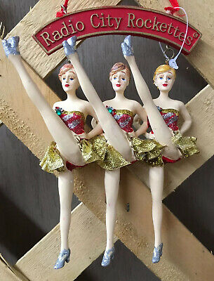 Radio City Kicking Rockettes Trio Ornament   MSG Entertainment NIB 2007