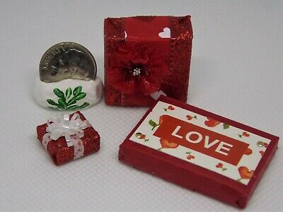 SMALL DOLLHOUSE 1:12 Miniature Twin Heart Remarkable RED Bell Pepper
