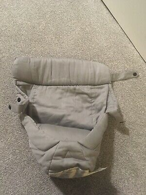 Ergobaby Newborn Infant Insert For Original and 360 Carriers. Grey. New With Box