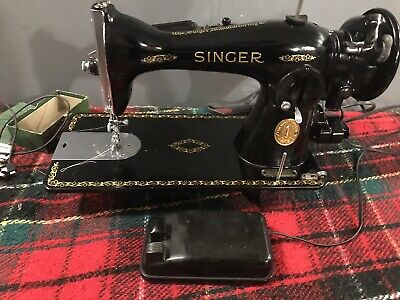 Singer Sewing Machine Model 15-91, Excellent Condition!!