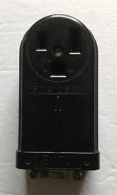 Vintage electrical outlet, Bakelite Art Deco 50A 250V Leviton surface mount