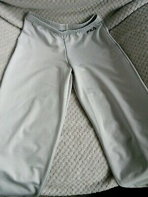 "Bnwot fila girls/ladies 3/4 shorts silver grey xs size 24"" to 26"" waist"