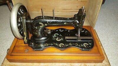 Rare Antique Ottoman Carnation Singer Sewing Machine model 12K Fiddle Base 1888