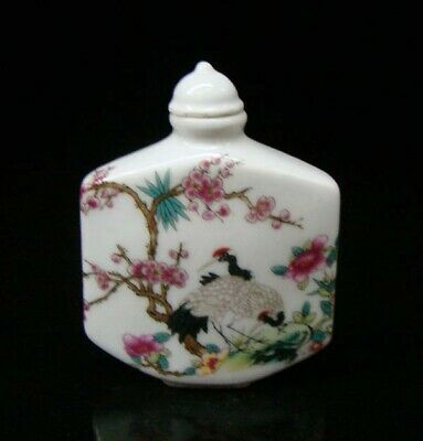 Collectible 100% Handmade Painting Porcelain Snuff Bottle Crane 014