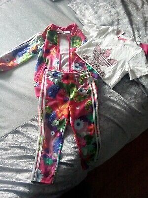 girls floral adidas tracksuit age 2-3