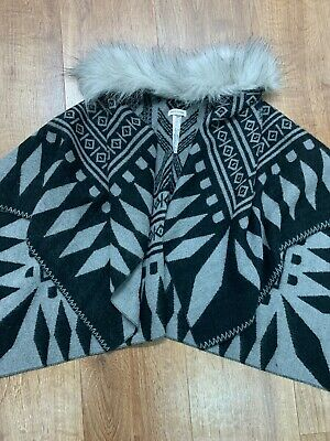 RIVER ISLAND Stunning Grey Girls Poncho fur Look Trim Size S/M VGC 7 8 9 10