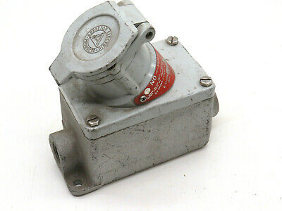 Appleton EFS275-20232 Explosion Proof Receptacle 250VAC 20-Amp 2HP 3-Pole