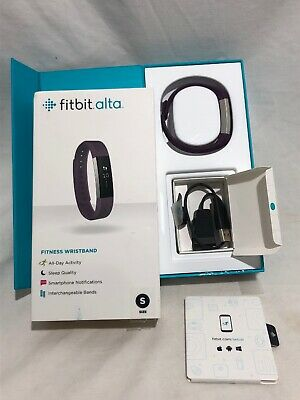 Fitbit ALTA Fitness Wristband Activity Tracker Small Plum Excellent