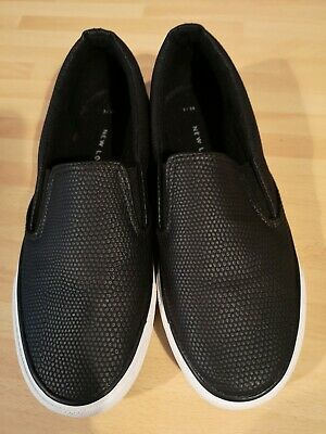 girls ladies shoes pumps slip on size 3 from New Look black worn once