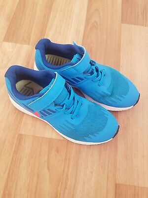 Boys Or Girls Nike Trainers Size 2