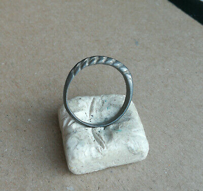 ANCIENT Viking Twisted BRONZE FINGER RING 9 - 10 century AD Wearable VERY RARE