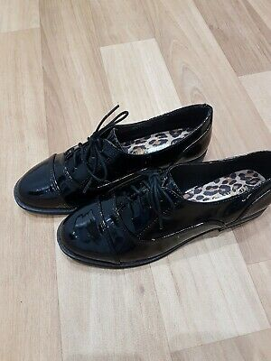 Girls/ladies Brogues Shoes Size 4 Narrow Fitting NEW River Island BNWT