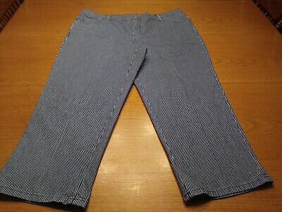Women's Style & Co Size 18 XL Blue Striped Denim Stretch Capri Cropped Pants!!