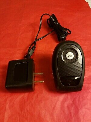 MOTOROLA T305 Hands Free Bluetooth Speakerphone for Car w/ wall charger