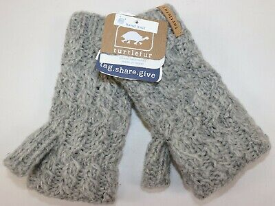 NWT $69 TURTLEFUR Womens Grey 100% Wool Handcrafted Cable Knit FINGERLESS Mitten