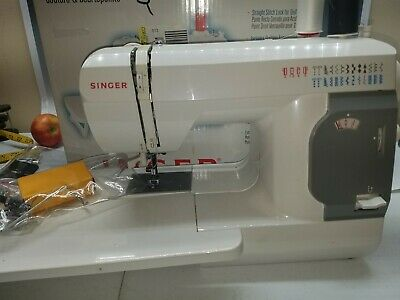 SINGER 140Q Quilt & Sew Compact Quilting Sewing Machine