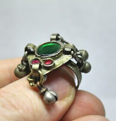 Antique Post Medieval ring Size P