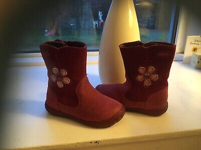Pink Berry Burgandy Wine Clarks Girls Boots Sz 4F Used