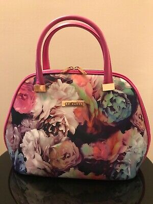 Ted Baker Floral Beauty Bag Make Up Travel Wash Bag