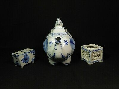 Antique job lot of chinese blue and white porcelain
