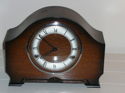 Mantel or mantle clock Westminster chimes GWO