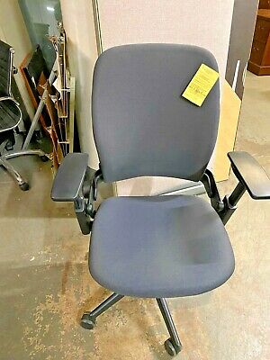 EXECUTIVE CHAIR by STEELCASE LEAP V2 FULLY LOADED *2013*