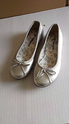 John Lewis shiny silver ballerina pump/flat shoes UK 11/EU 29 Infant New RRP £22