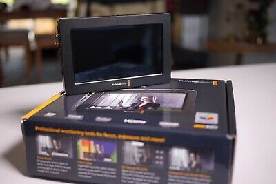 Blackmagic Design Video Assist  5 Inch - HD Monitor & Recorder