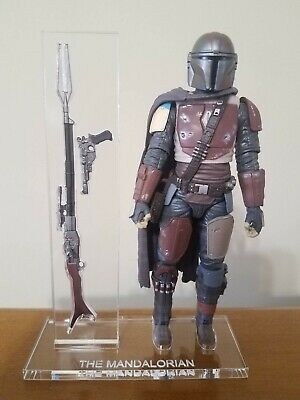 Star Wars Black Series The Mandalorian Weapons case / base set.