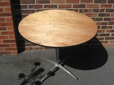 Joblot 4 @ 3ft diameter Round Banqueting tables