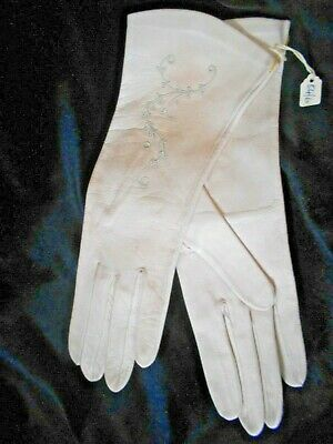 """Dents"" Vintage But Unused Cream Decorated Baby-Soft Real Leather Gloves Size 7"