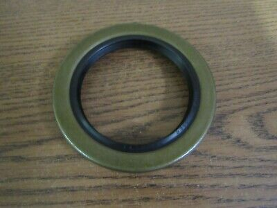 John Deere D 50 Tractor Inner Rear Axle Seal Ab1325R Ab1326R  Re57484  9130B
