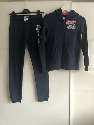 Girls Tracksuit. Age 10-12yrs (146-152)