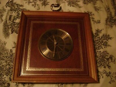 Elgin Wall Clock Frame 15 Inches x 15 Inches Working