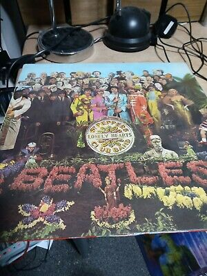 The Beatles Sgt Pepper's Lonely Hearts Club Band Vinyl LP First UK Pressing mono
