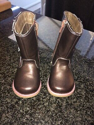 Jones Girls Infant Size 4 Brown Boots