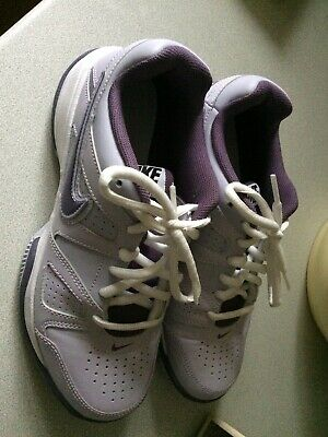 Nike City Court Trainers Size 5 - Worn Once
