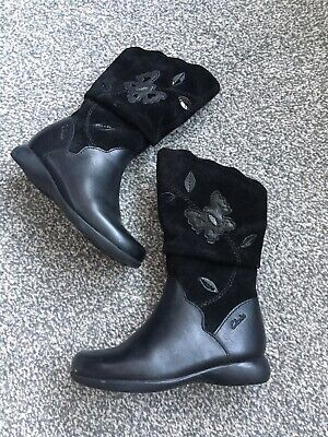 Clarks Infant Young Girls Black Leather Boots Shoes Size UK 7.5 F New