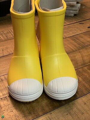 Crocs Bump It Boot. Little Kids Size 10. Color- Yellow Oyster. No Reserve!